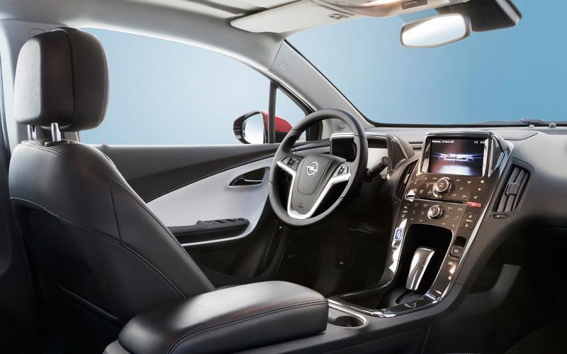 Foto Interiores1 Opel Ampera Sedan 2010