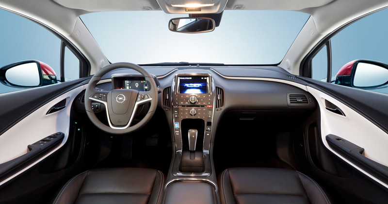 Foto Interiores2 Opel Ampera Sedan 2010