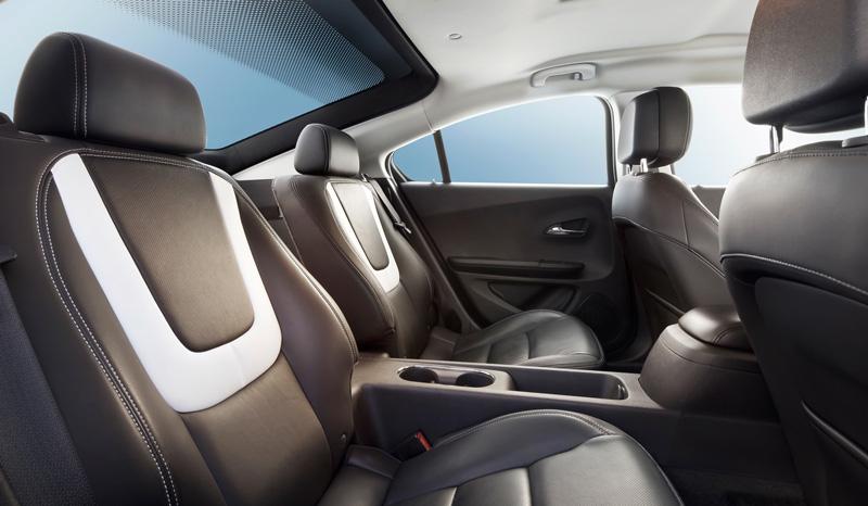Foto Interiores5 Opel Ampera Sedan 2010