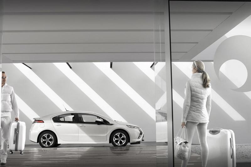Foto Exteriores Opel Ampera Sedan