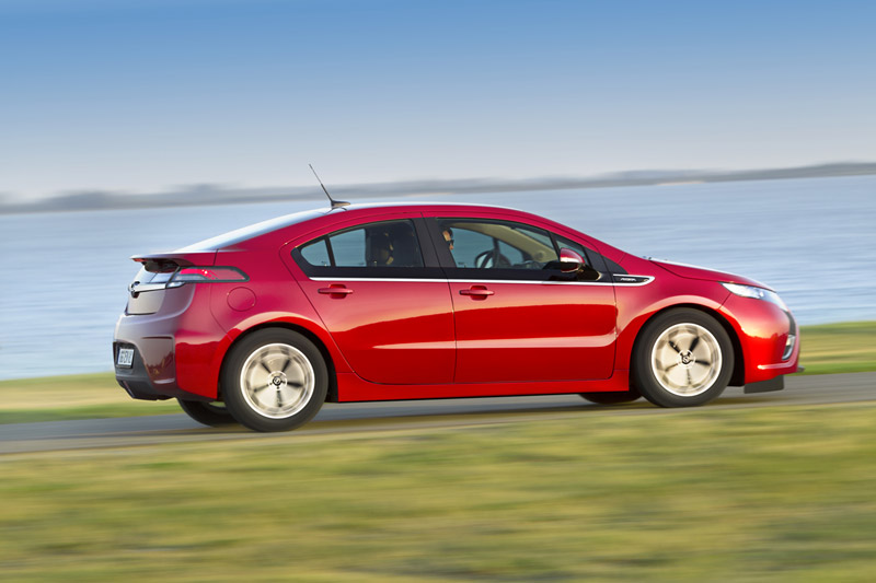Foto Perfil Opel Ampera Sedan