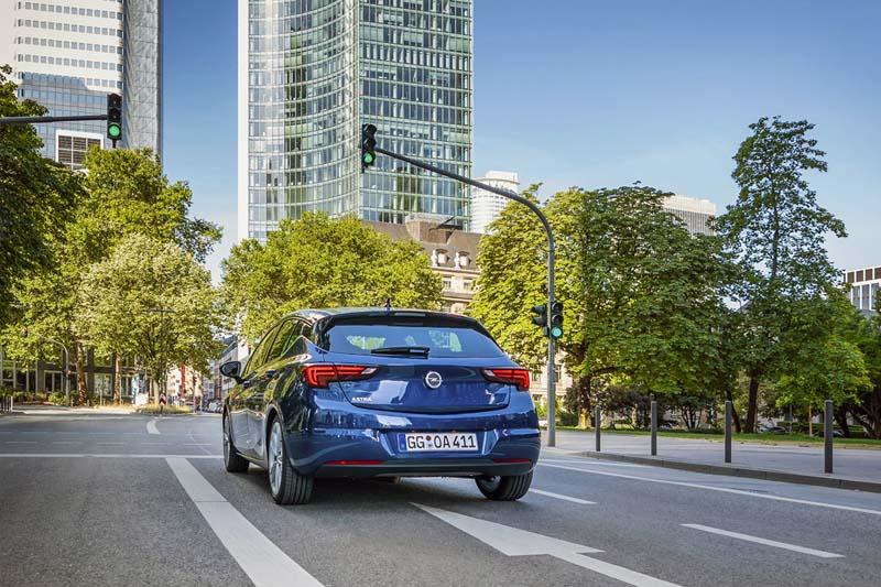 Foto Exteriores Opel Astra Dos Volumenes 2020