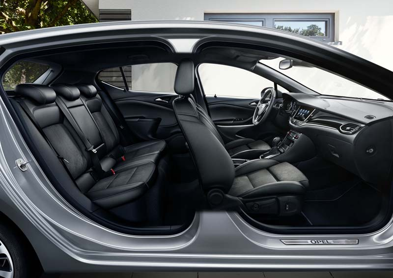 Foto Interiores Opel Astra Dos Volumenes 2020