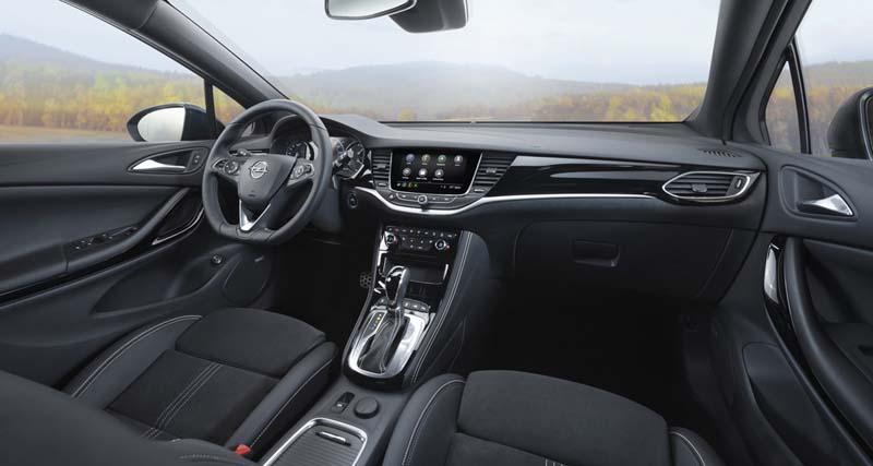 Foto Salpicadero Opel Astra Dos Volumenes 2020