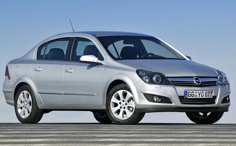 Foto Delantero Opel Astra Sedan 2009