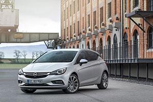 Foto Exteriores (10) Opel Astra-biturbo-cdti Dos Volumenes 2016