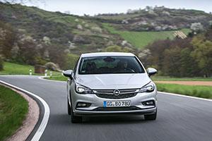 Foto Exteriores (5) Opel Astra-biturbo-cdti Dos Volumenes 2016
