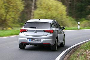 Foto Exteriores (9) Opel Astra-biturbo-cdti Dos Volumenes 2016