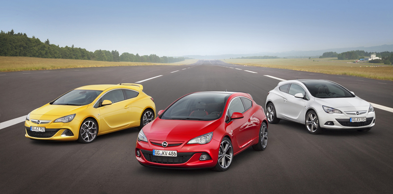 Foto Exteriores Opel Astra Gtc Cupe 2012