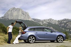 Foto Exteriores-(20) Opel Astra-st Familiar 2010