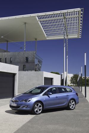 Foto Exteriores-(22) Opel Astra-st Familiar 2010