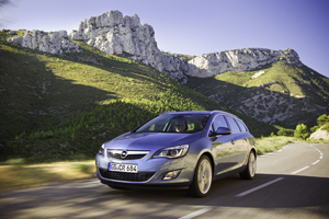 Foto Exteriores-(6) Opel Astra-st Familiar 2010