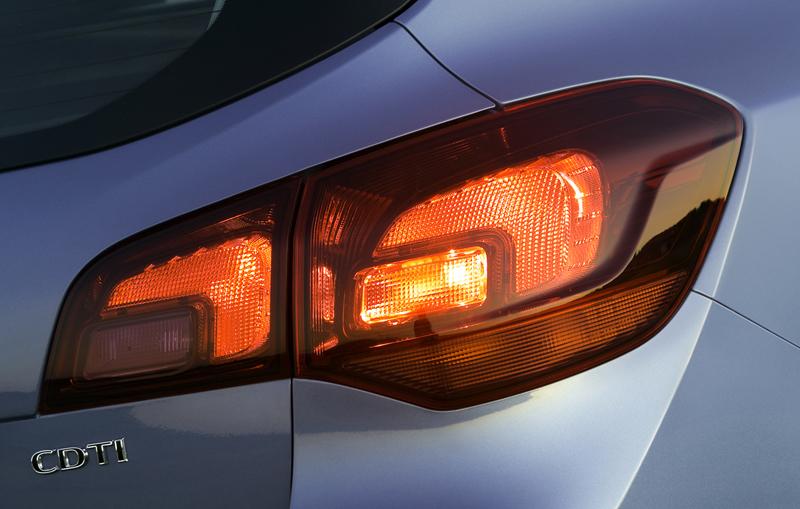 Foto Detalles-(6) Opel Astra-st Familiar 2010