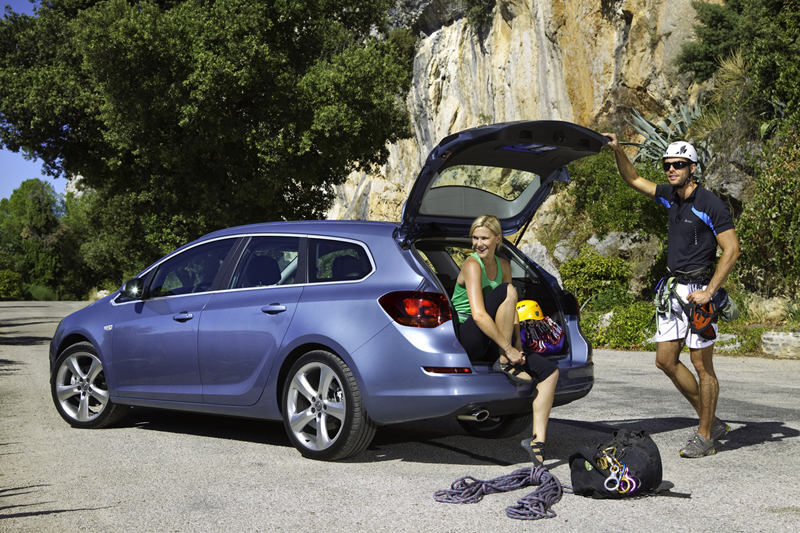 Foto Exteriores-(16) Opel Astra-st Familiar 2010