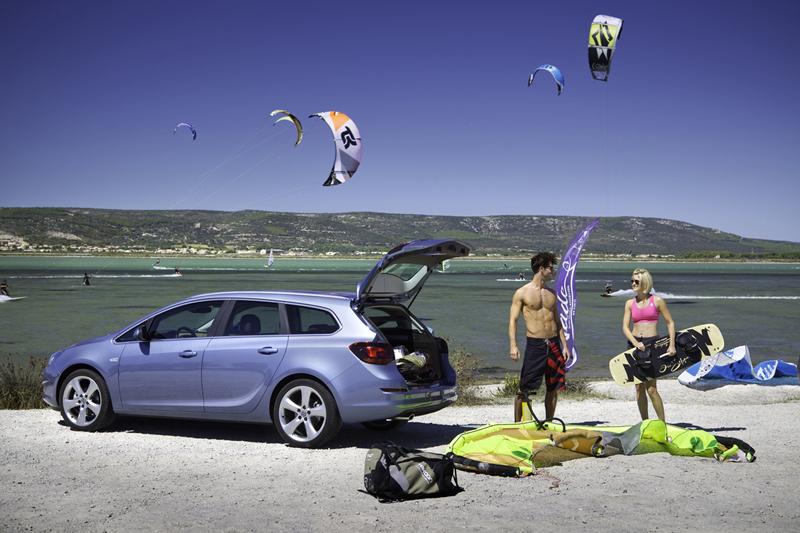 Foto Exteriores Opel Astra St Familiar 2010