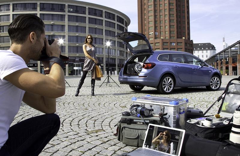 Foto Exteriores-(2) Opel Astra-st Familiar 2010