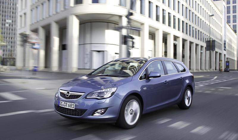 Foto Exteriores-(23) Opel Astra-st Familiar 2010