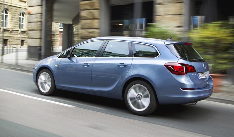 Foto Exteriores-(24) Opel Astra-st Familiar 2010