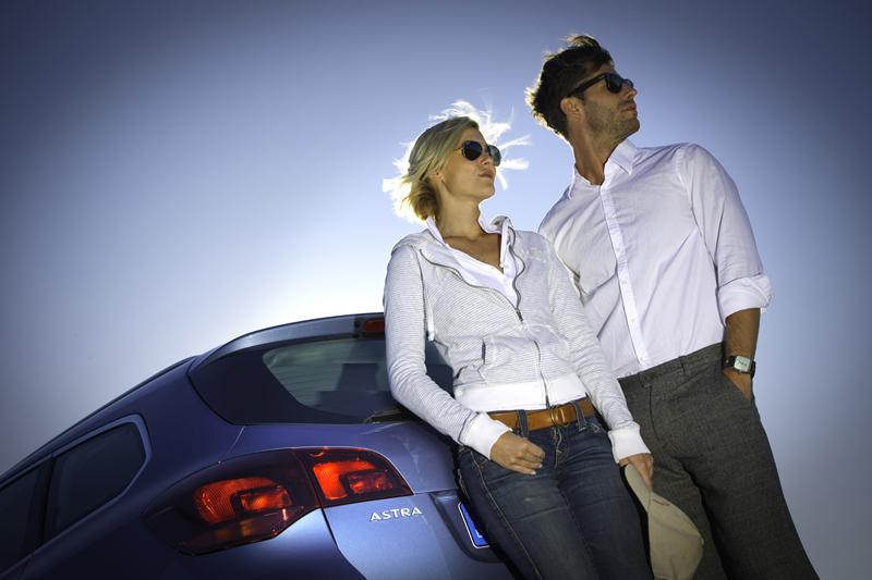 Foto Exteriores-(3) Opel Astra-st Familiar 2010