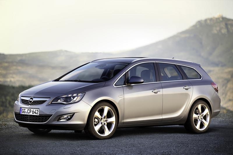 Foto Exteriores-(31) Opel Astra-st Familiar 2010