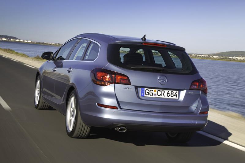 Foto Exteriores-(36) Opel Astra-st Familiar 2010