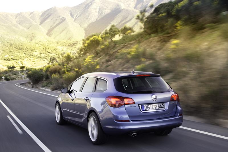 Foto Exteriores-(38) Opel Astra-st Familiar 2010