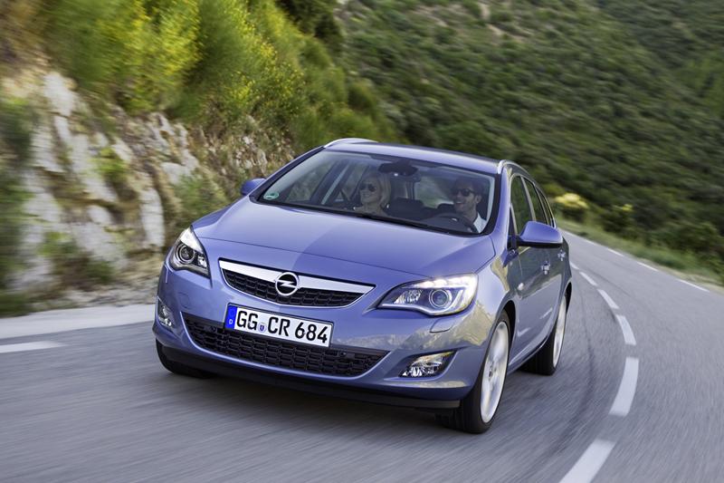 Foto Exteriores-(40) Opel Astra-st Familiar 2010