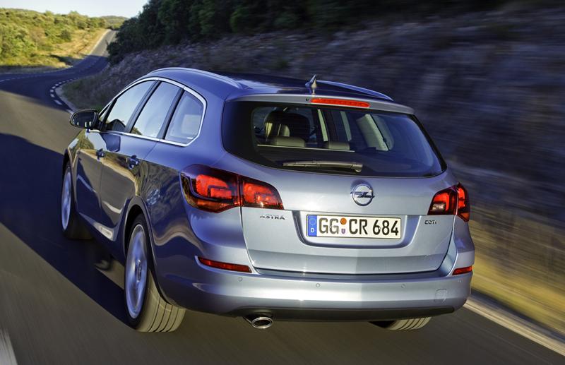 Foto Exteriores-(42) Opel Astra-st Familiar 2010