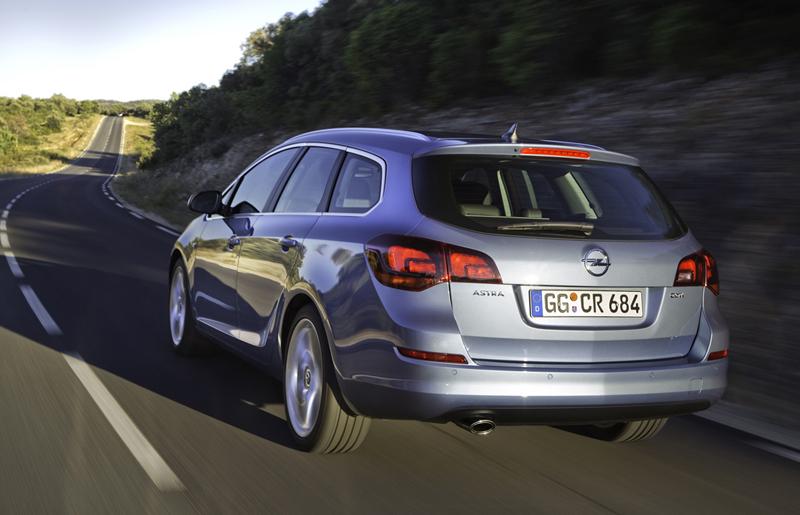 Foto Exteriores-(44) Opel Astra-st Familiar 2010
