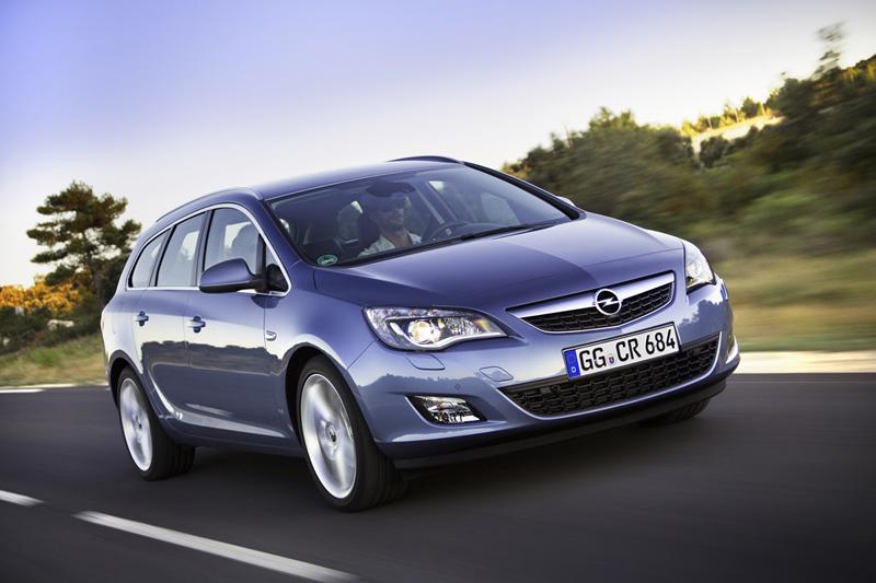 Foto Exteriores-(8) Opel Astra-st Familiar 2010