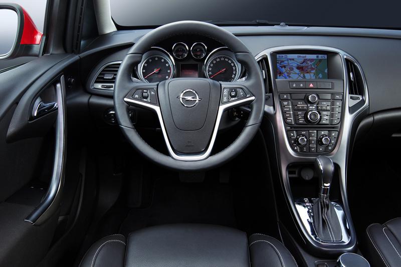 Foto Interiores-(4) Opel Astra-st Familiar 2010