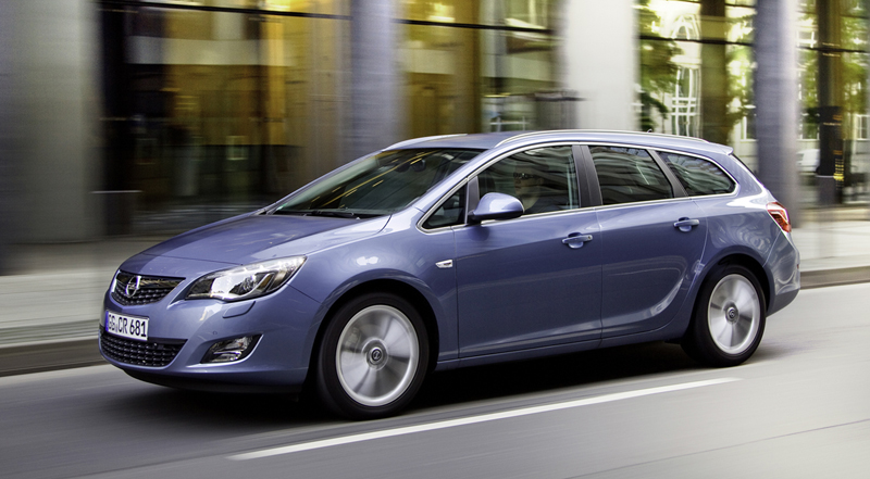 Foto Lateral Opel Astra-st Familiar 2010
