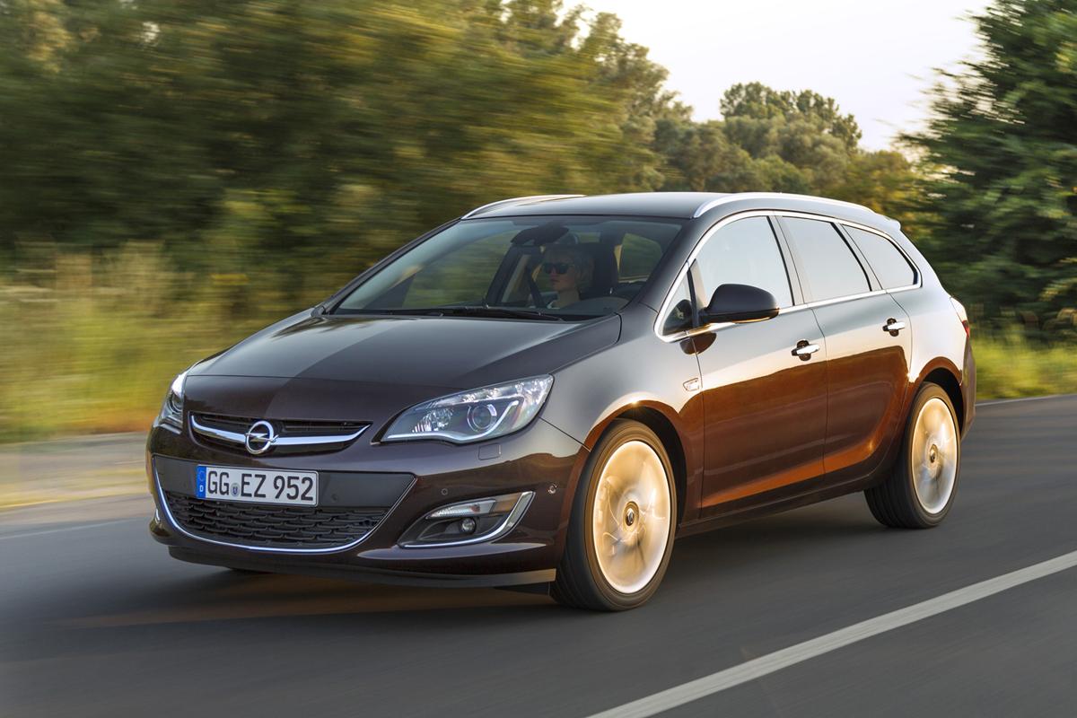 Fondo Pantalla Opel Astra-st Familiar 2012 Delantera