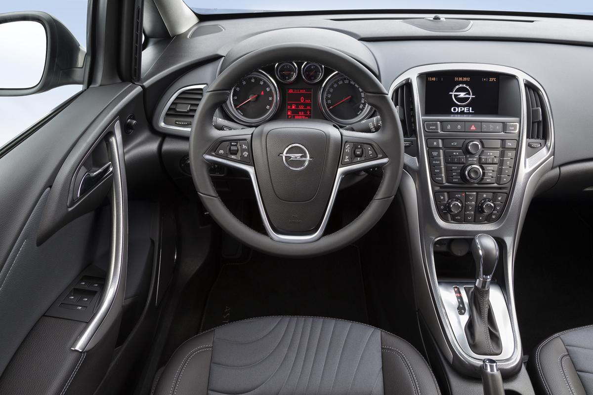 Fondo Pantalla Opel Astra-st Familiar 2012 Salpicadero