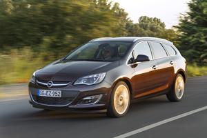 Foto Delantera Opel Astra-st Familiar 2012