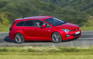 Foto Exteriores (8) Opel Astra-st Familiar 2012