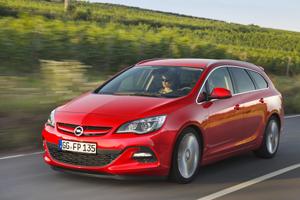 Foto Exteriores (9) Opel Astra-st Familiar 2012