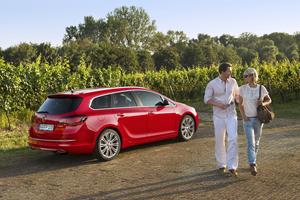 Foto Exteriores Opel Astra-st Familiar 2012
