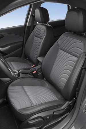 Foto Interiores (2) Opel Astra-st Familiar 2012