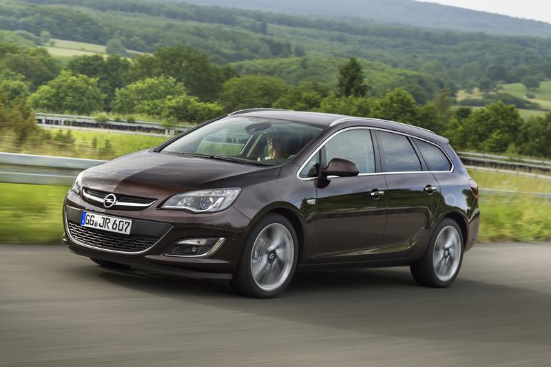 Foto Exteriores (2) Opel Astra-st Familiar 2012
