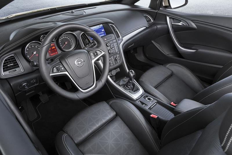 Foto Interiores Opel Cabrio Descapotable 2012