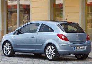Foto Trasero Opel Corsa Dos Volumenes 2009