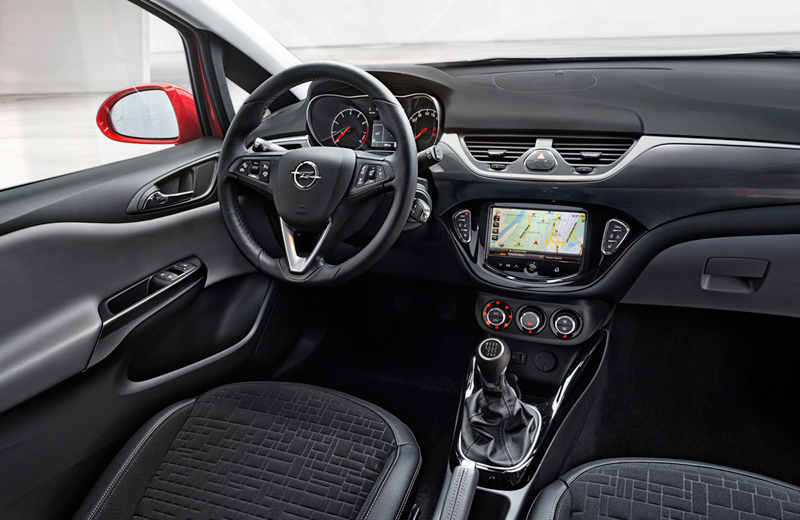 foto salpicadero opel corsa dos volumenes 2014. Black Bedroom Furniture Sets. Home Design Ideas