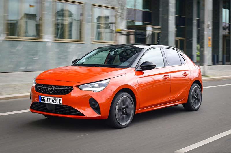 Foto Delantera Opel Corsa E Dos Volumenes 2020
