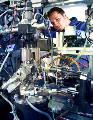 Foto opel fabricacion-motores 2013