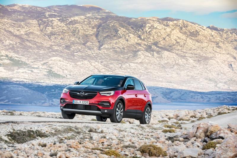 Foto Delantera Opel Grandland-x-hybrid-4 Suv.todocamino 2019
