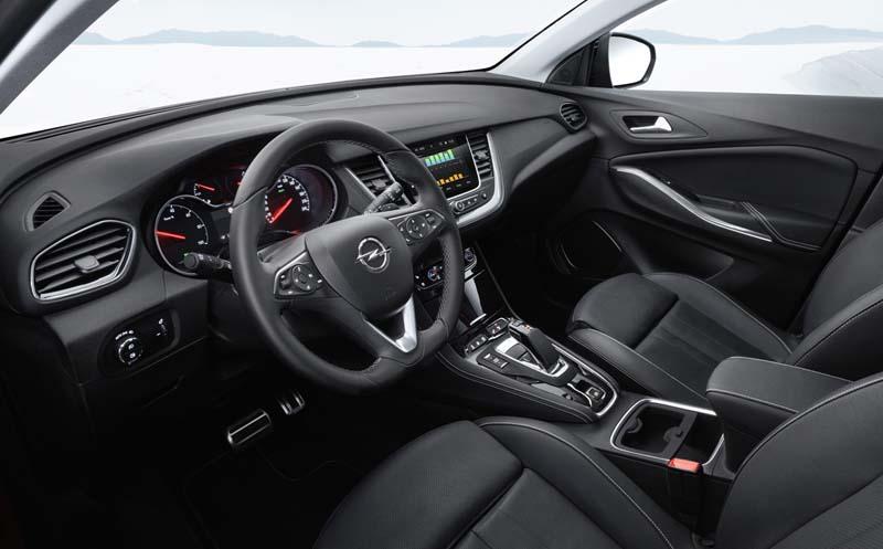 Opel Grandland X Hybrid4, foto salpicadero