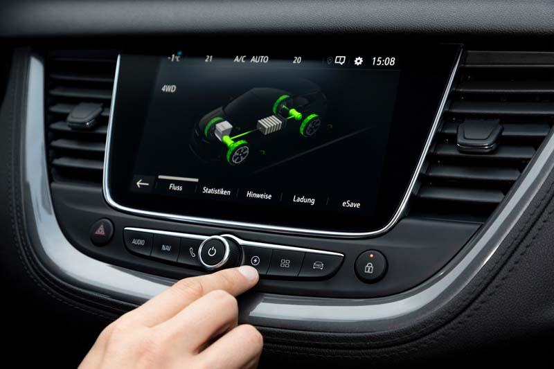 Opel Grandland X Hybrid4, foto pantalla táctil