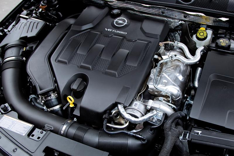 Foto Tecnicas Opel Insignia Familiar 2010