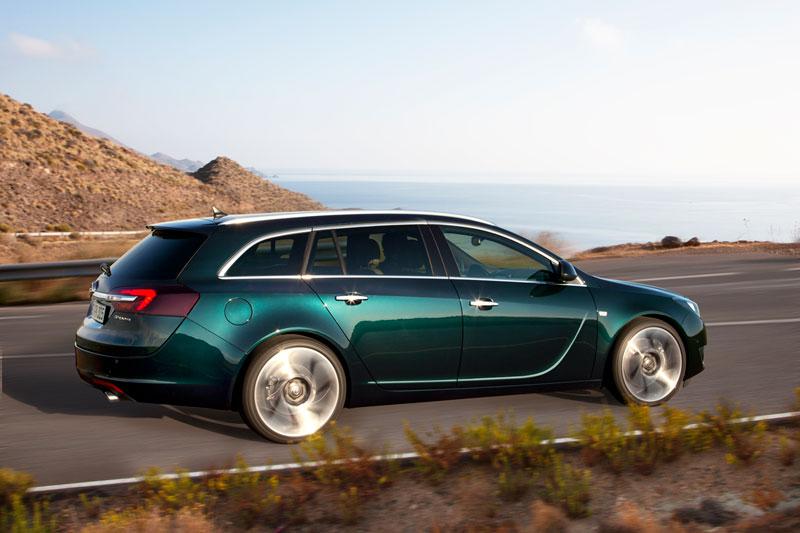 Foto Exteriores Opel Insignia Familiar 2013
